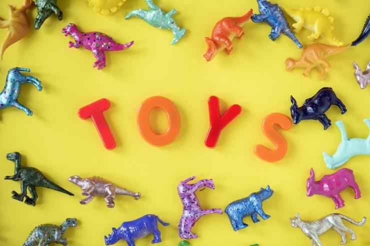 jucării-inutile-copii